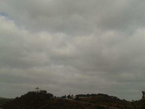 Mertola, sob nuvens