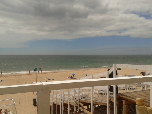 bar da praia (Sao João)