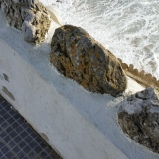 O branco: do muro e da espuma